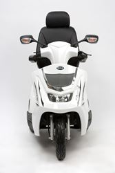 Picture of Royale 3 Scooter - White